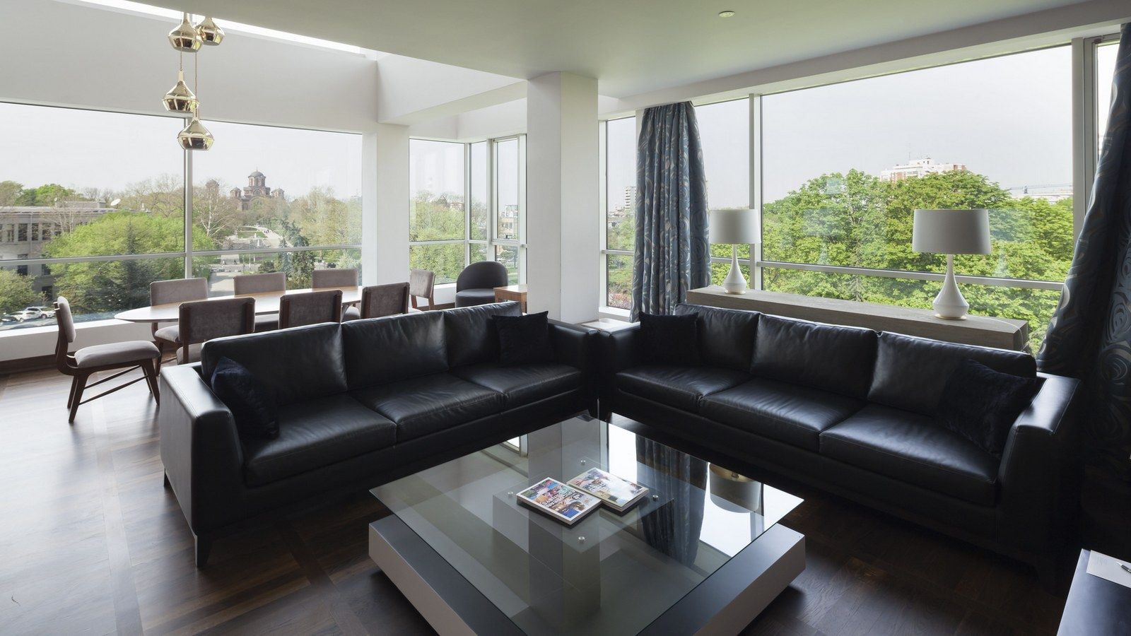 Belgrade suite living area