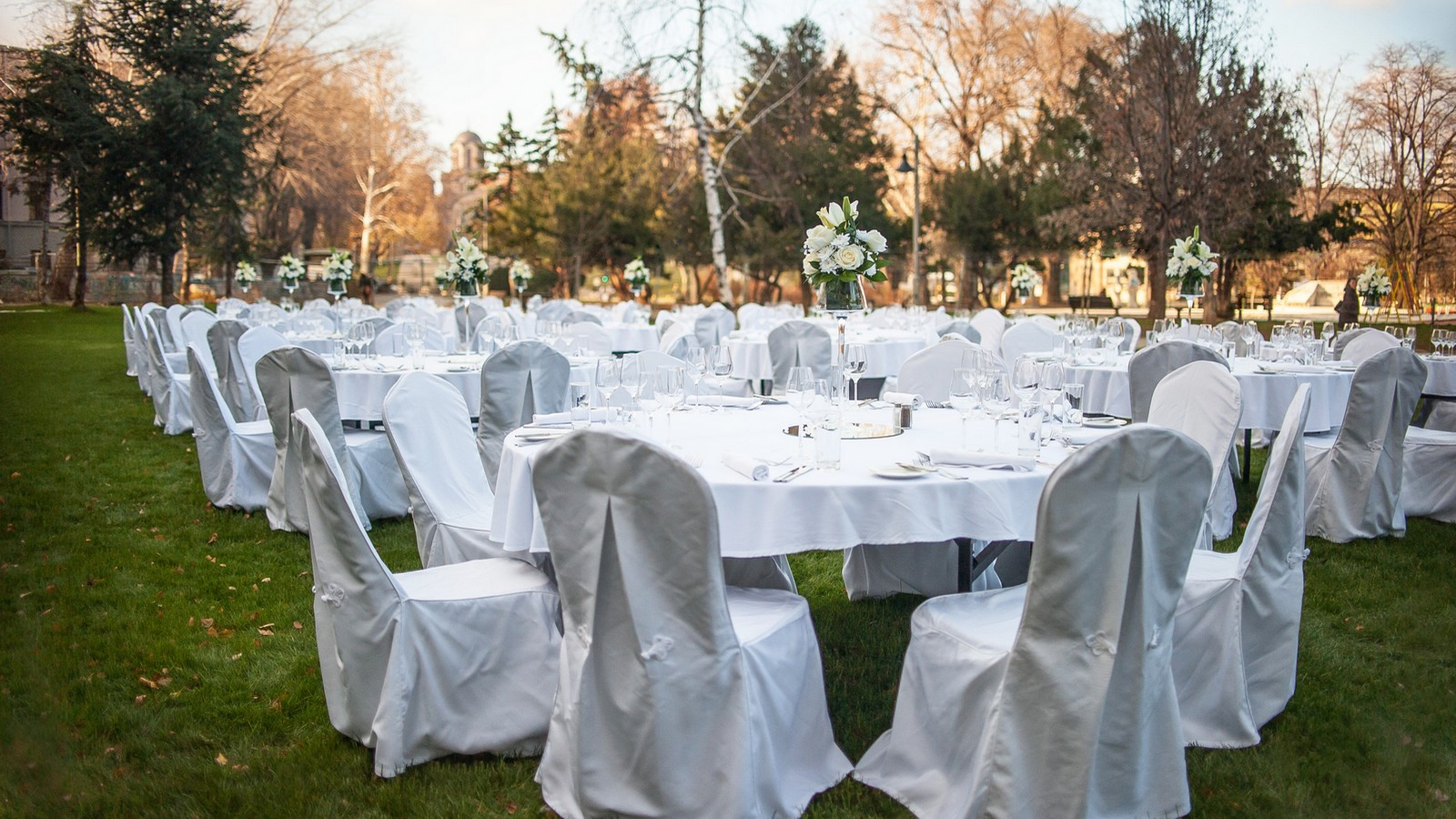 Discover the Metropol Palace and celebrate your wedding in Belgrade
